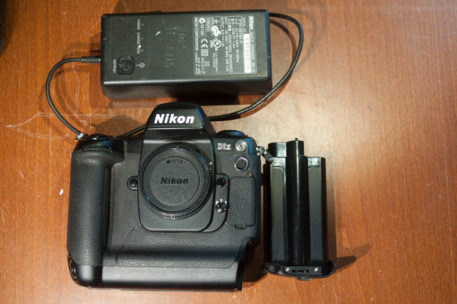 Nikon D1x complete and working