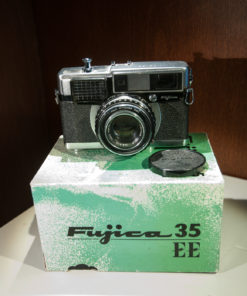 Fujica 35 EE rangefinder camera in original box